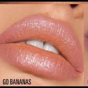"""NIB Kylie """"Go Bananas"""" High Glitter Gloss Authent"""
